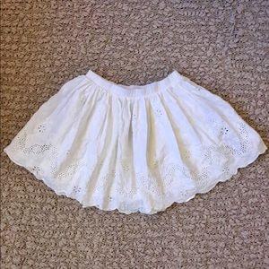GIRLS WHITE LACE EYELIT SCALLOP BOTTOM FLOWY SKIRT